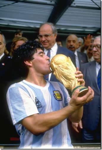 diego-maradona_1986